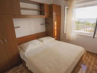 One bedroom apartment Podstrana, Split (A-2769-d)