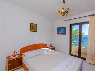Two bedroom apartment Pisak, Omiš (A-2802-b)