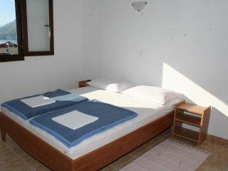 One bedroom apartment Nemira, Omiš (A-2828-c)