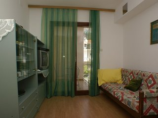 One bedroom apartment Tučepi, Makarska (A-2721-a)