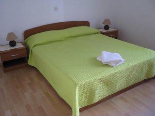 One bedroom apartment Zaostrog, Makarska (A-2625-b)