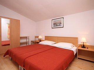 One bedroom apartment Jelsa, Hvar (A-4032-d)