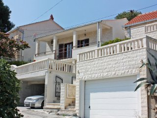 One bedroom apartment Sutivan, Brač (A-2846-a)