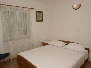 Two bedroom apartment Postira, Brač (A-2948-b)
