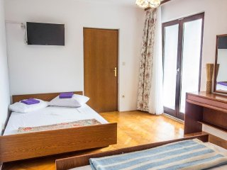 One bedroom apartment Lokva Rogoznica, Omiš (A-2973-b)