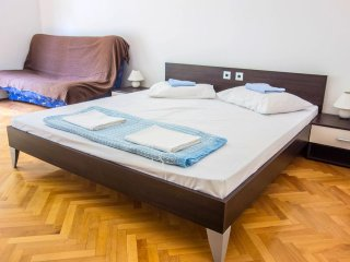 One bedroom apartment Lokva Rogoznica, Omis (A-2973-c)
