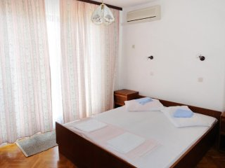 Room Lokva Rogoznica, Omiš (S-2973-a)