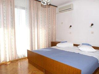 Room Lokva Rogoznica, Omiš (S-2973-b)