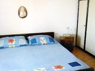 Two bedroom apartment Postira, Brač (A-2911-b)