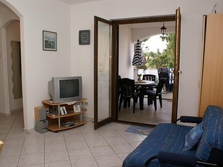 Two bedroom apartment Mirca, Brac (A-2902-b)