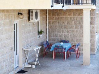 Postira Apartment Sleeps 4 with Air Con - 5461438