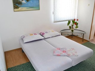 One bedroom apartment Postira, Brač (A-2910-c)