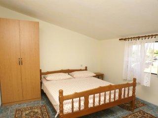 One bedroom apartment Sevid, Trogir (A-4287-b)