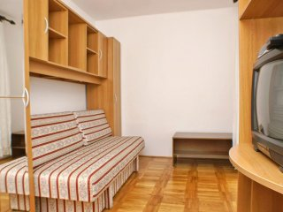 Two bedroom apartment Potocnica, Pag (A-3075-f)