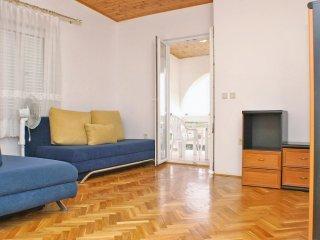 One bedroom apartment Potocnica, Pag (A-3075-m)