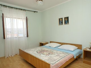 Two bedroom apartment Metajna, Pag (A-4150-b)