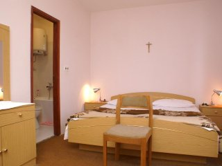 Room Mulobedanj, Pag (S-4061-c)