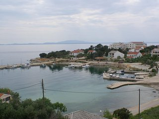 Jakisnica Apartment Sleeps 5 with Air Con and WiFi - 5462305