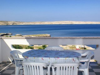 Franjevica Apartment Sleeps 5 with Air Con - 5462368