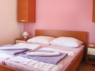 Two bedroom apartment Stara Novalja, Pag (A-4071-b)