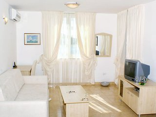 One bedroom apartment Vinjerac, Zadar (A-3093-j)
