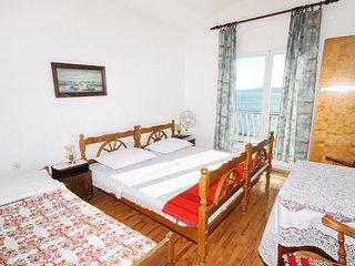 Two bedroom apartment Pisak, Omiš (A-1009-b)