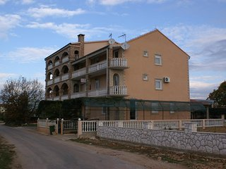 Two bedroom apartment Biograd na Moru (Biograd) (A-4305-b)