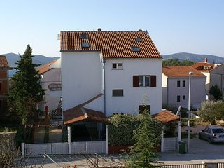 Two bedroom apartment Biograd na Moru (Biograd) (A-4300-b)