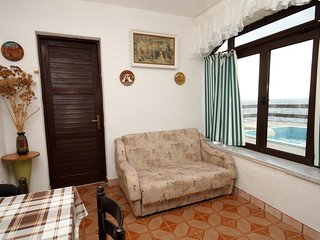 One bedroom apartment Zavalatica, Korcula (A-183-f)