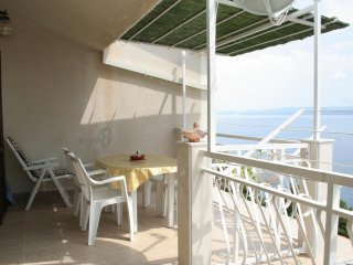 Stanici Apartment Sleeps 4 with Air Con - 5460041