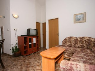 Two bedroom apartment Rogoznica (A-2895-b)