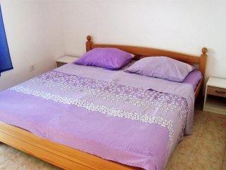Two bedroom apartment Skozanje, Hvar (A-4624-a)