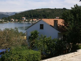 Two bedroom apartment Žrnovska Banja, Korčula (A-4347-a)