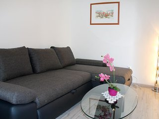 Two bedroom apartment Ražanj, Rogoznica (A-4322-b)