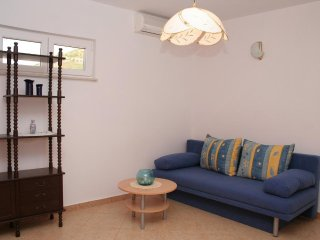 One bedroom apartment Kuciste - Perna, Peljesac (A-4541-c)
