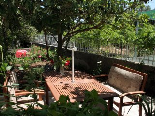 Sreser Apartment Sleeps 5 with Air Con and WiFi - 5463089