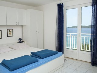Two bedroom apartment Kučište - Perna, Pelješac (A-4542-b)