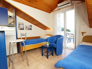 One bedroom apartment Račišće, Korčula (A-4360-b)