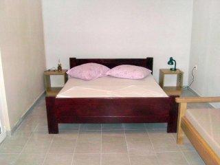 Two bedroom apartment Basina, Hvar (A-4599-f)