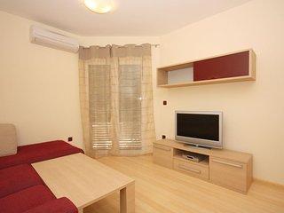Two bedroom apartment Tucepi, Makarska (A-3193-i)