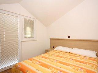 Two bedroom apartment Tučepi, Makarska (A-3193-c)