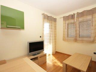 Two bedroom apartment Tucepi, Makarska (A-3193-f)