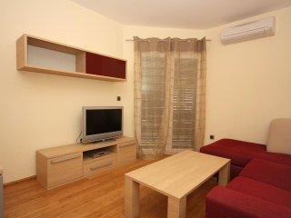 Two bedroom apartment Tučepi, Makarska (A-3193-h)