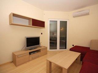 Two bedroom apartment Tucepi, Makarska (A-3193-l)