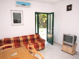 Two bedroom apartment Kozarica, Mljet (A-4950-b)
