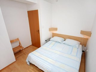 Two bedroom apartment Lokva Rogoznica, Omiš (A-4820-b)