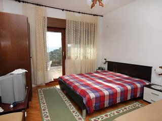 One bedroom apartment Lokva Rogoznica, Omis (A-4819-b)