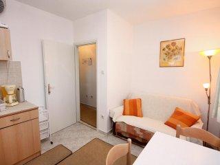 One bedroom apartment Slatine, Čiovo (A-5217-c)