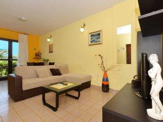 Two bedroom apartment Slatine, Ciovo (A-5158-b)