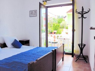 One bedroom apartment Seget Vranjica, Trogir (A-5160-b)